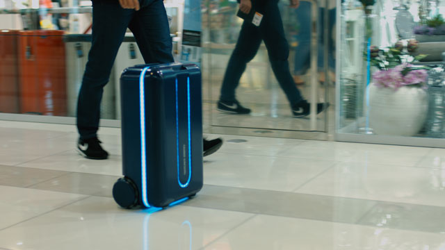 travelmate-robotic-autonomous-suitcase